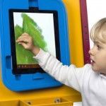 kids-drawing-easel-for-ipad