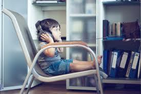 kid wearing headphones2